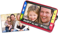 RUBY XL HD magnifying a family photo